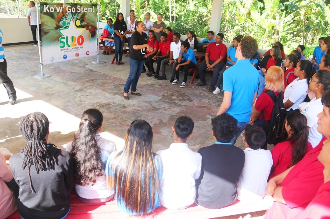 Scholengemeenschap Maho gemotiveerd om te gaan stemmen