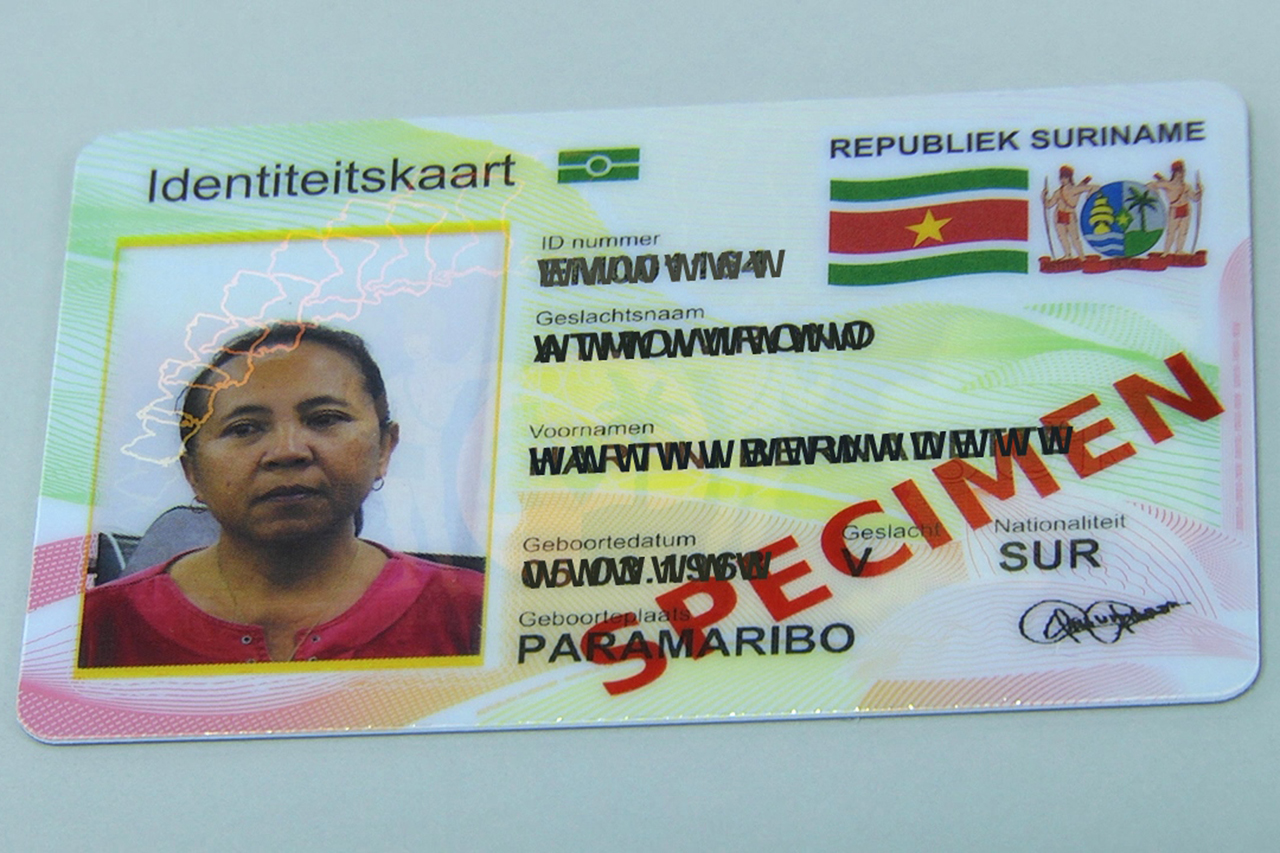 De e-ID is in Suriname een feit